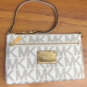 MICHAEL KORS WRISTLET WHITE AND GOLD